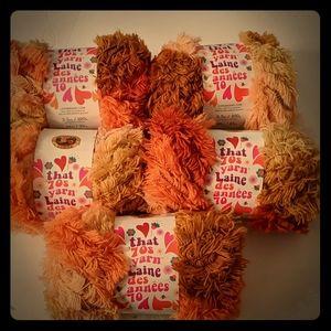 Lion Brand Yarn That ' 70s yarn, Groovy